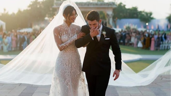 Priyanka-Nick Wedding: Couple Jives At Post-Wedding Bash