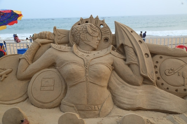 Day 4 of the International Sand Art Festival witnessed sand art from various sand artists on the theme of women's empowerment.