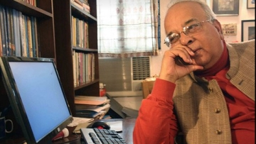 Noted historian and former Jamia Millia Islamia vice chancellor Mushirul Hasan passed away early Monday after prolonged illness at a private hospital in Delhi.