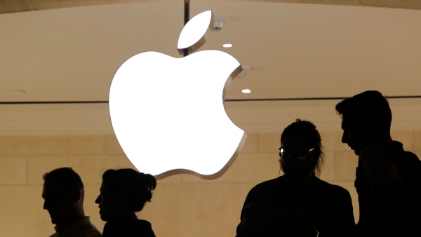 Apple Says Chinese iPhone Ban Will Force  Settle Qualcomm Dispute