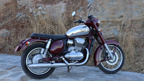 Jawa Classic & Jawa Forty Two Reviews: Here's What The Experts Say