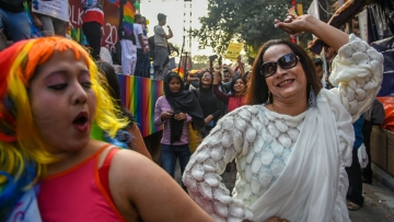 Members of the LGBTQ+ community dancing at the Kolkata Rainbow Pride Walk 2018.