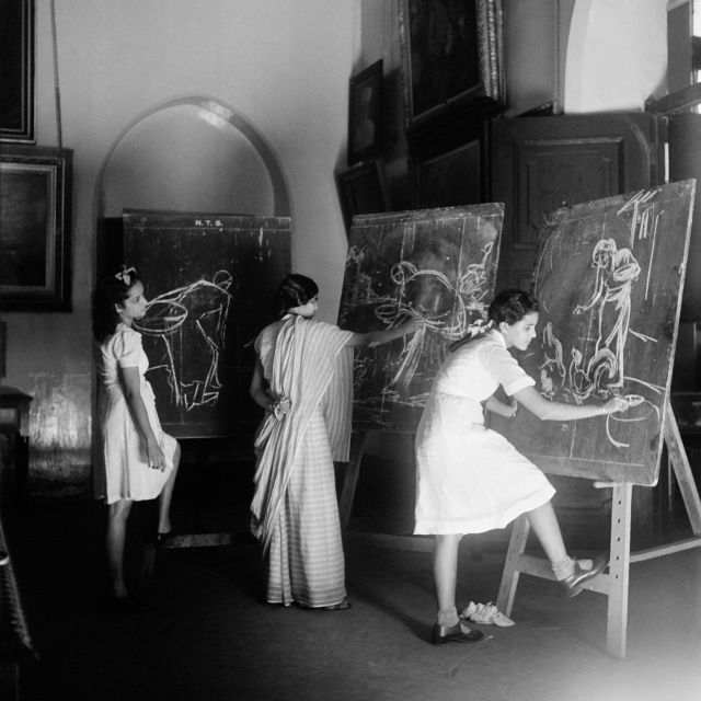 Students at the Sir JJ School of the Arts, Bombay, Early 1940s