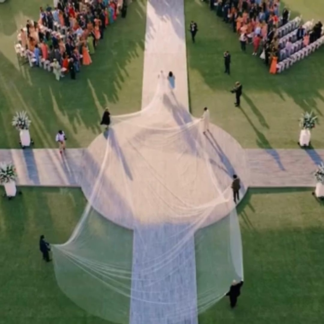 The train of PC's wedding dress was reportedly 75 feet long!