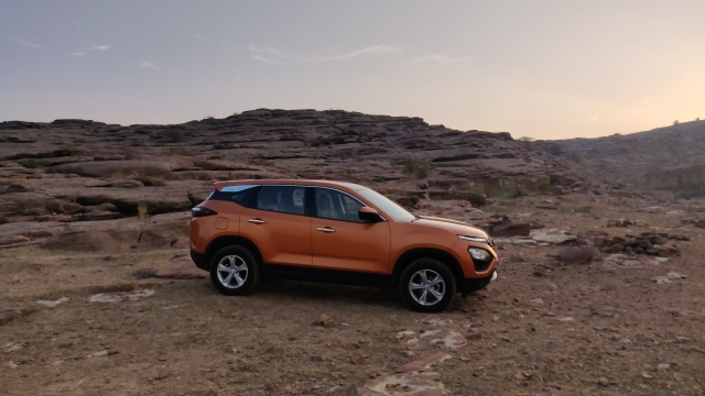 The Tata Harrier is based on a modified Land Rover Discovery Sport platform.