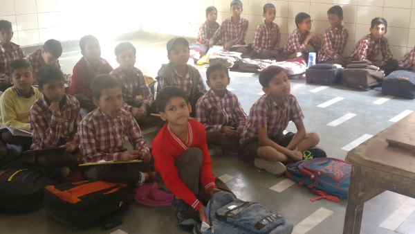 Class 2 children made to sit on floor at an MCD school in Jahangirpuri.