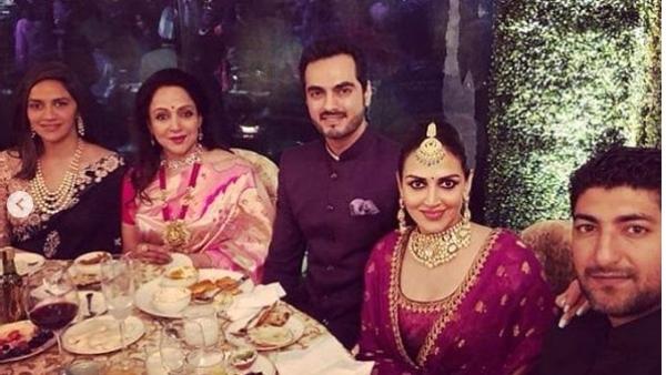 Hema Malini with daughters Esha and Ahana Deol at the reception.