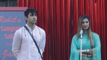 Rohit and Surbhi are in hot pursuit of the key to the direct entry in the semi finale week.
