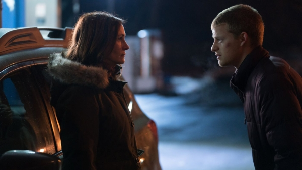 Julia Roberts and Lucas Hedges in a still from <i>Ben Is Back</i>.