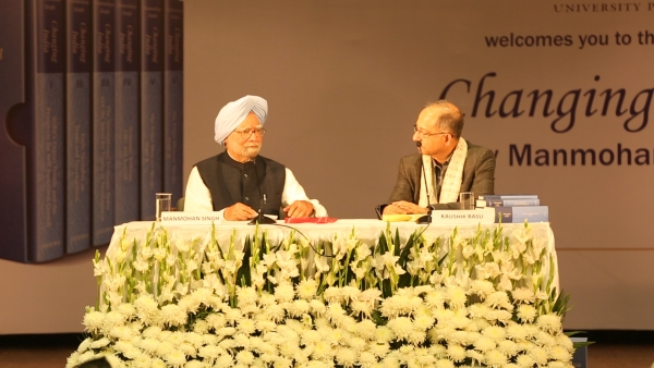 Former Prime Minister Manmohan Singh at the launch of his book 'Changing India'.