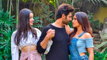 Ananya Panday, Kartik Aaryan and Bhumi Pednekar will star in the remake of <i>Pati, Patni Aur Woh.</i>