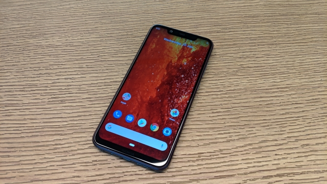 Nokia 8.1 comes with 6.1-inch 2280x1080 pixels screen.