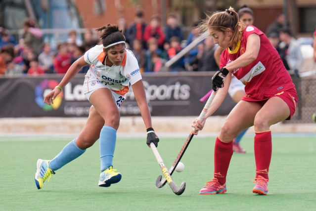 Indian hockey player Navneet Kaur in action during the match.