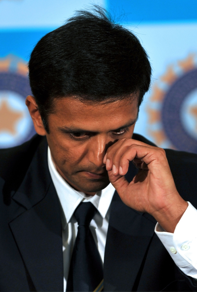 Rahul Dravid announced his international retirement through a press conference at his home ground, Bangalore's Chinnaswamy Stadium, on 9 March 2012.