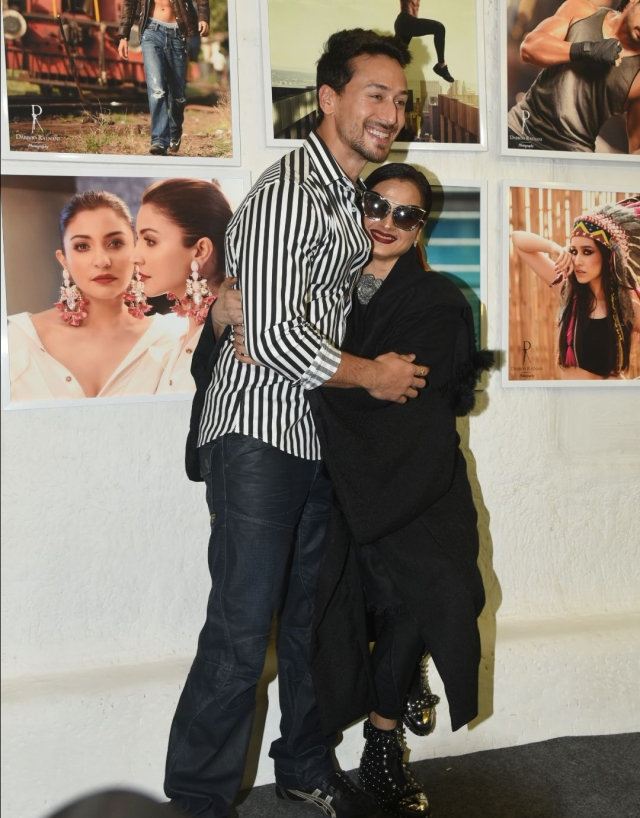 Tiger Shroff shares a moment with Rekha.