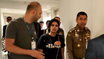 Saudi woman Rahaf Mohammed alqunun who was trapped in Bangkok en route to seeking asylum in Australia.