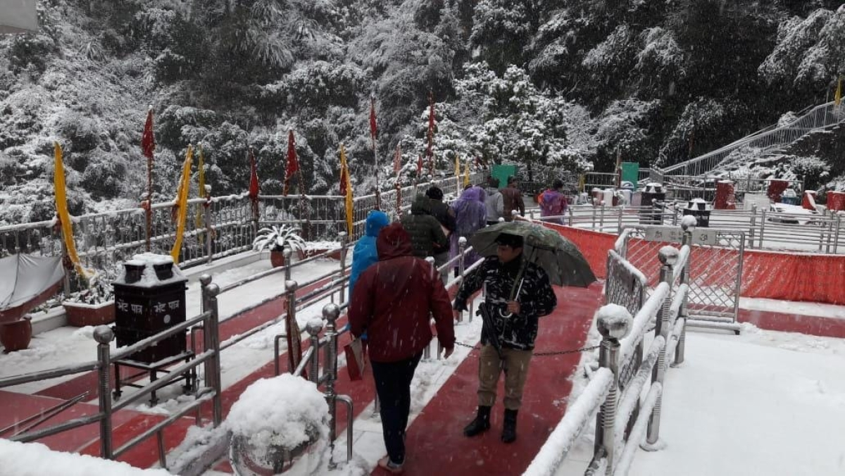 Devotees on their way to the Vaishno Devi temple in Katra.