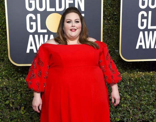 Chrissy Metz kills it in red at the 76th annual Golden Globe Awards