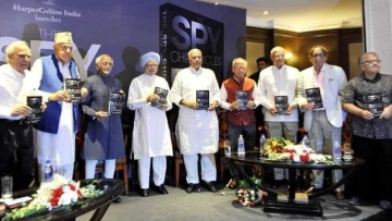 A viral image claims that Manmohan Singh and Hamid Ansari released a book by Asad Durrani, former chief of Pakistan's ISI.