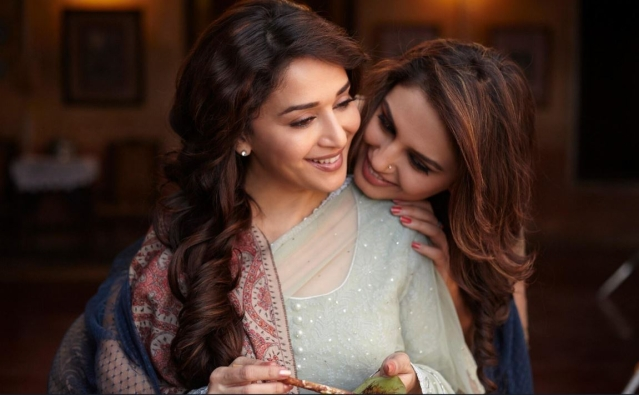 Madhuri Dixit and Huma Qureshi in <i>Dedh Ishqiya</i>.