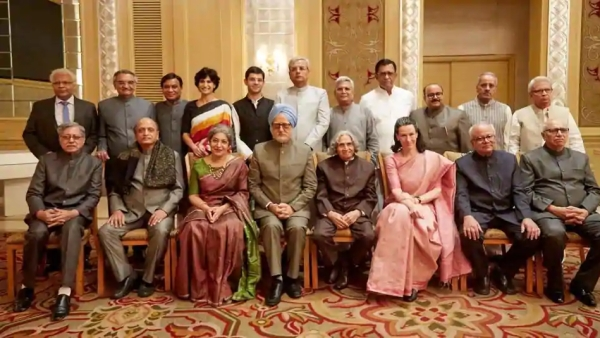 <i> The Accidental  Prime Minister</i> cast.