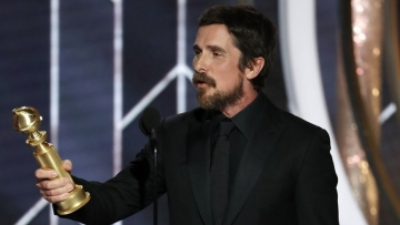 76th Golden Globes: Christian Bale's Speech Sparks a Meme Fest