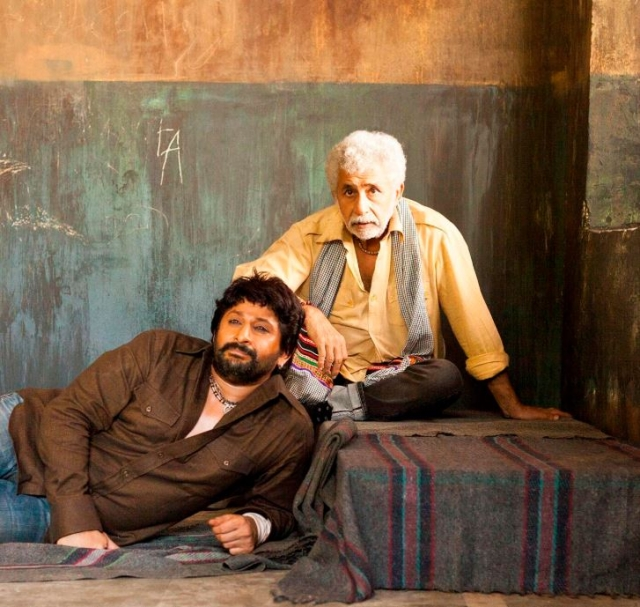 A still from Dedh Ishqiya featuring Khalujaan and Babban, played by Shah and Warsi.