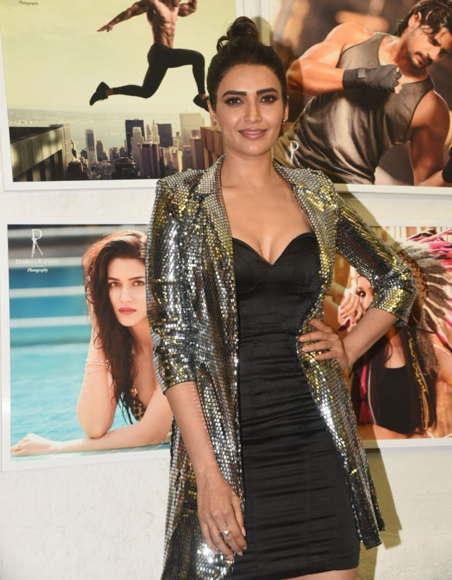 Karishma Tanna poses for the shutterbugs.