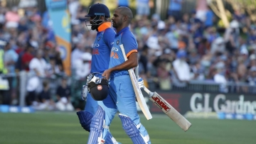 India vs New Zealand: Play halted due to sunlight