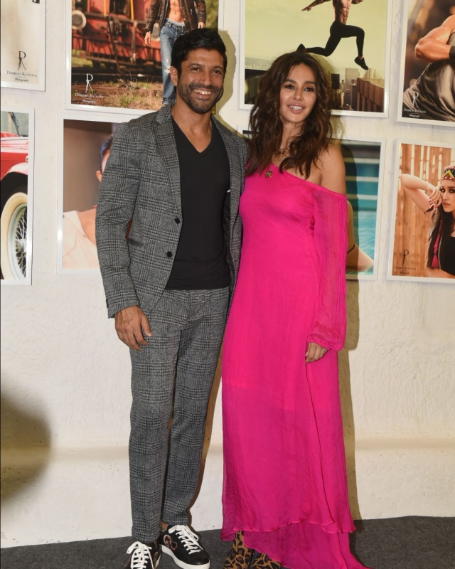 Farhan Akhtar came in with his rumoured girlfriend Shibani Dandekar.