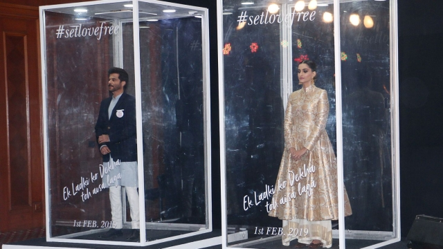 Anil with Sonam Kapoor at the trailer launch of <i>Ek Ladki Ko Dekha Toh Aisa Laga</i>.