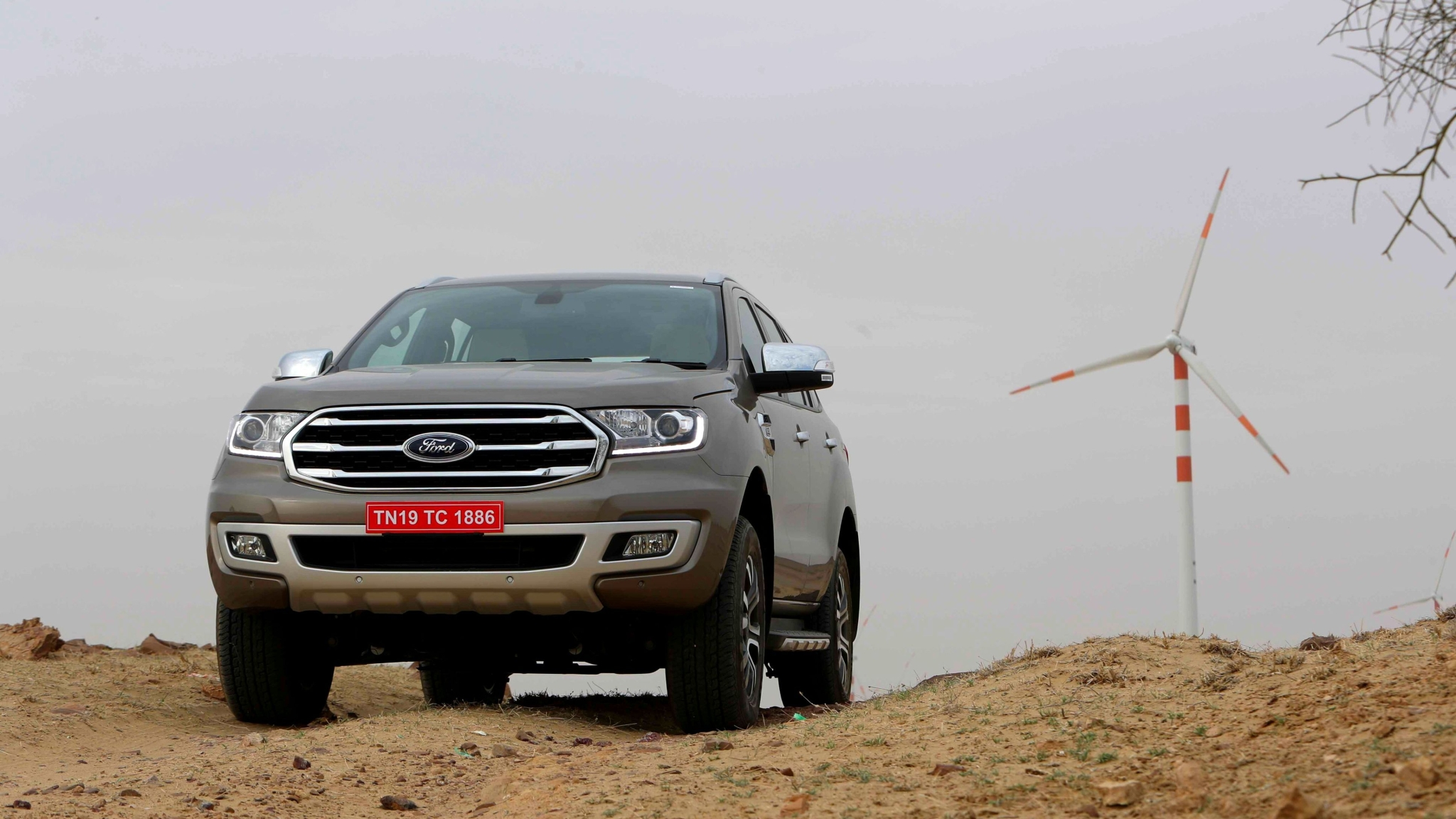 Ford Endeavour Gets Added Features, Rejigged Variants & Prices