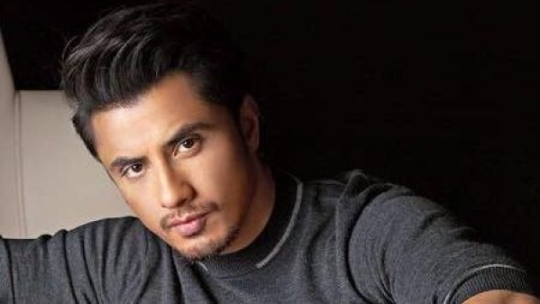 Ali Zafar Criticized For Supporting Imran Khan's Speech on Pulwama