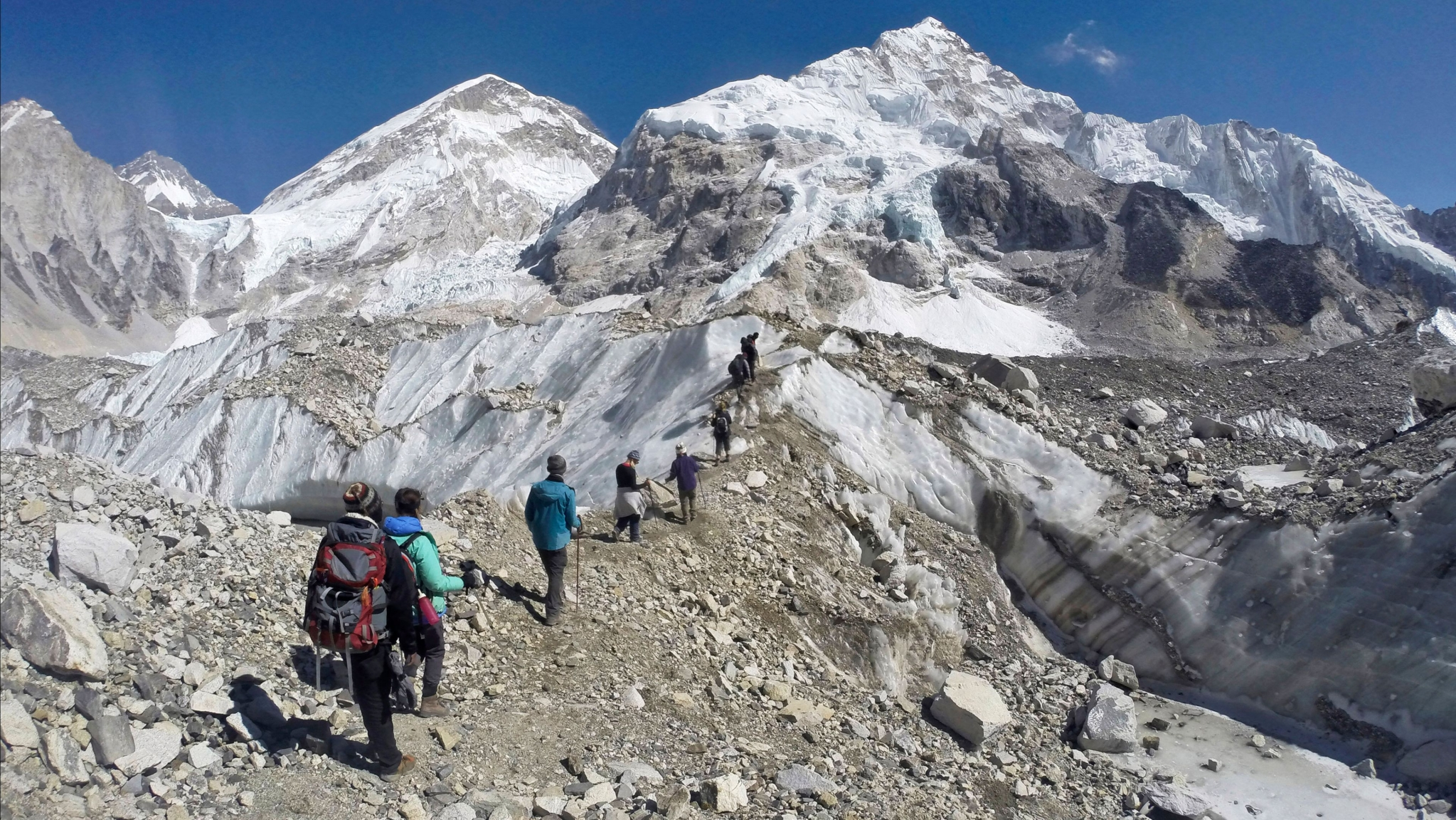Bodies of Two Indian Mountaineers Recovered From Mt Kanchenjunga
