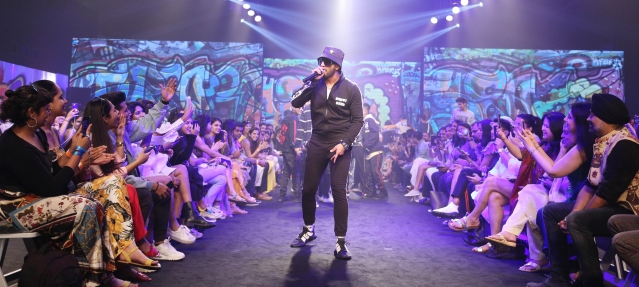 <i>Gully Boy</i> Ranveer raps on the ramp.