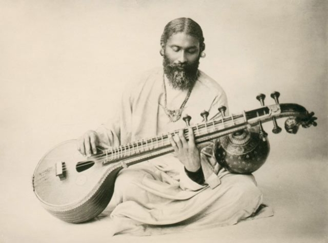 Inayat Khan playing the veena.