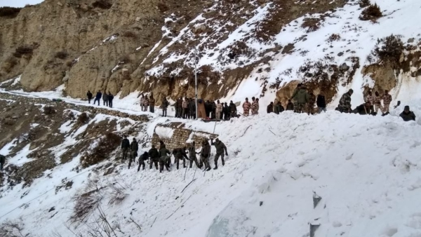 1 Army Soldier Dead, 5 Missing in Avalanche in Himachal's Kinnaur