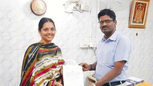 Meet The First Indian To Get a No Caste, No Religion Certificate