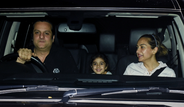 Fardeen Khan with his family.