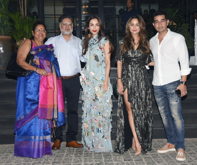 Malaika and Amrita Arora with their family.