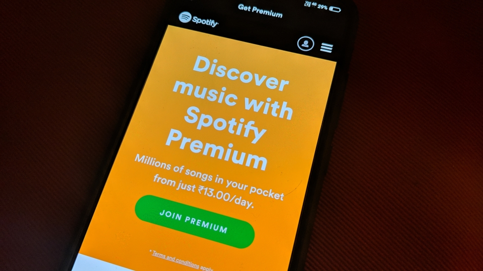 Spotify music streaming app: Spotify Adds New Paid Users