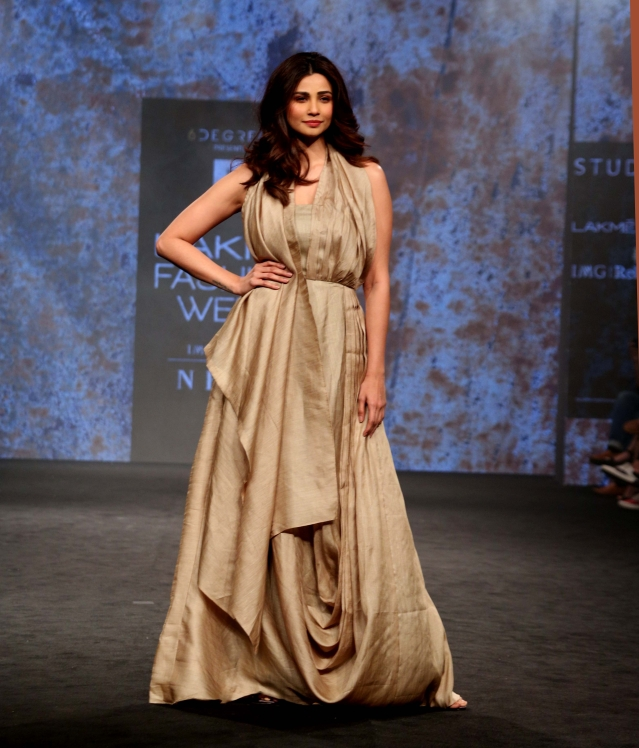 Daisy Shah poses in an elegant gown