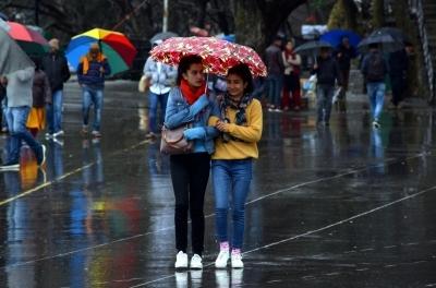 Fresh spell of rain, snowfall in Himachal