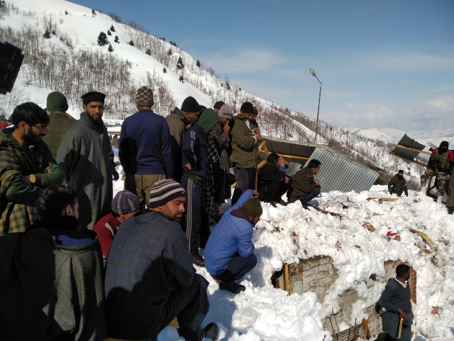While 10 policemen posted at the police post near the tunnel managed to reach safety before the avalanche struck, 10 other policemen were believed to be trapped.