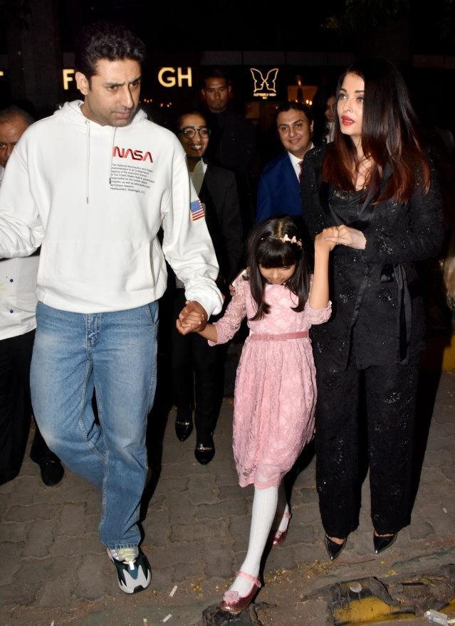Abhishek and Ash celebrate with little Aaradhya.