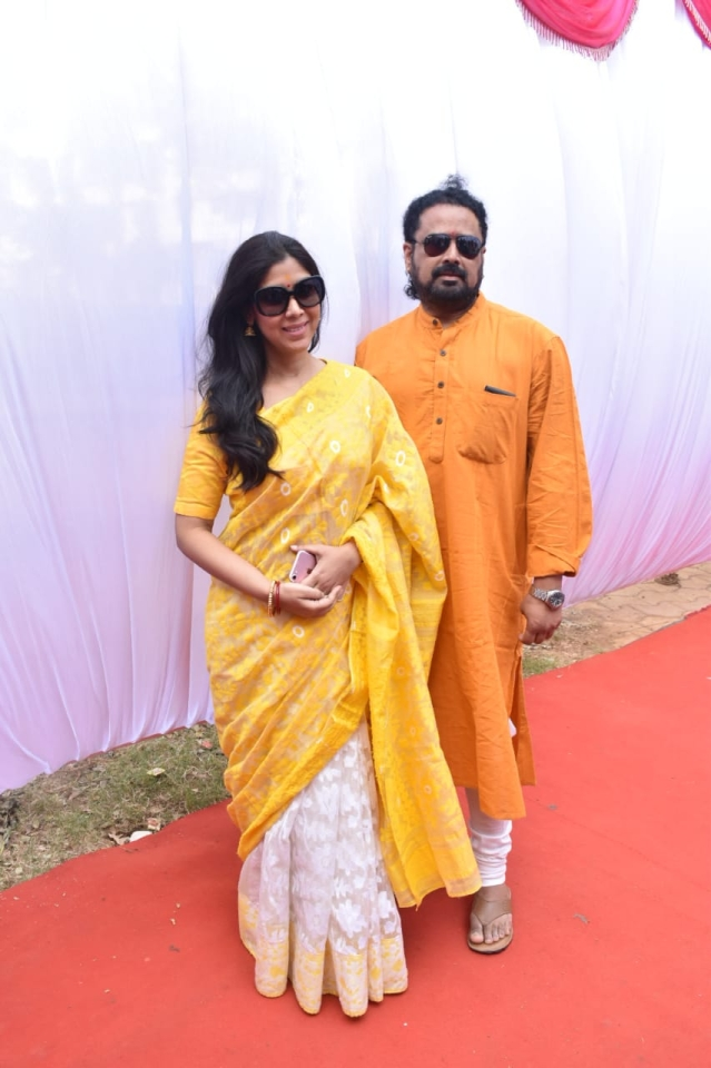 Sakshi Tanwar arrives in a sunny yellow and white sari.
