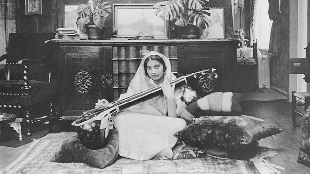 Noor Inayat Khan playing the veena.