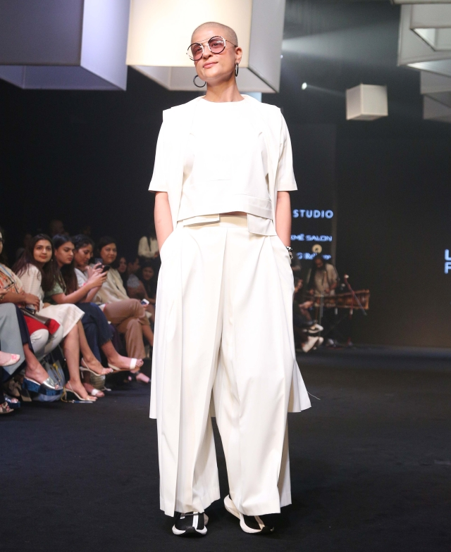 Tahira Kashyap is the pinnacle of cool in all white.