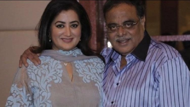 Ambareesh with wife Sumalatha in a file picture.
