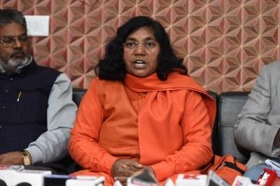BJP MP Savitri Phule, ex-MP of SP join Congress
